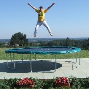 14HF-grand-trampoline-4m30-saut6-300